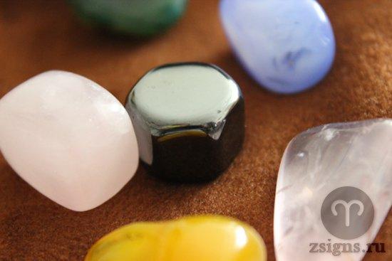foto-kamen-gematit-rozovyj-kvarc