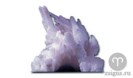 prirodnyj-kristall-halcedona-kamen