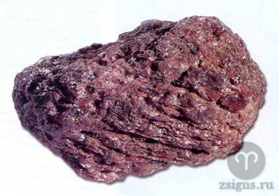 prirodnyj-kamen-rodolit