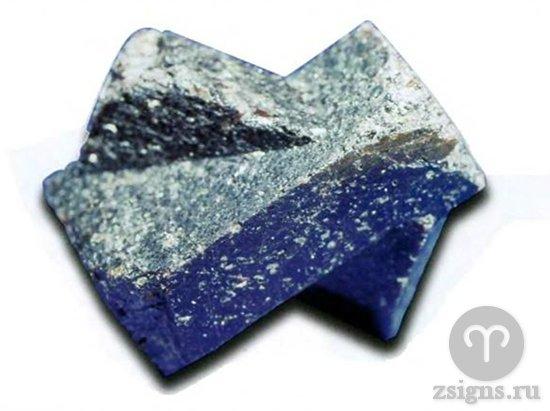 sinij-kamen-stavrolit
