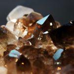 dymchatyj-kvarc-kamen-magicheskie-svojstva-znak-zodiaka