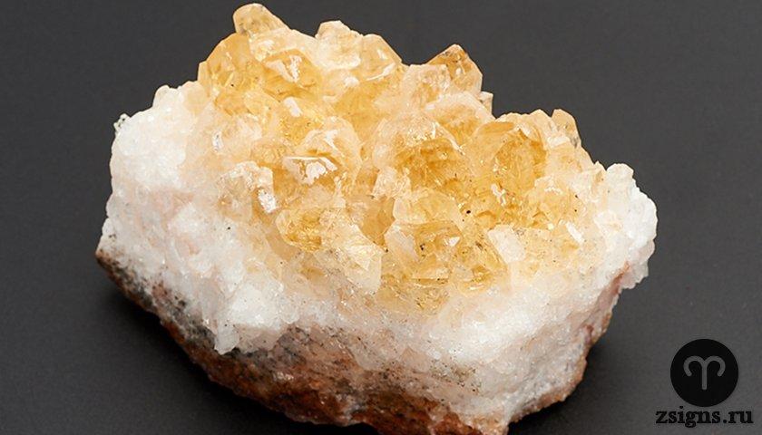 citrin-kamen-magicheskie-svojstva-znak-zodiaka