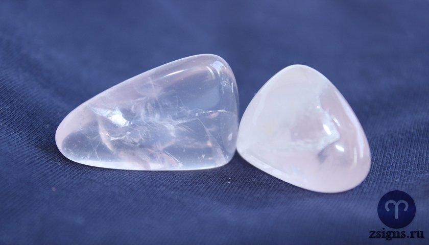 rozovyj-kvarc-kamen-magicheskie-svojstva-znak-zodiaka