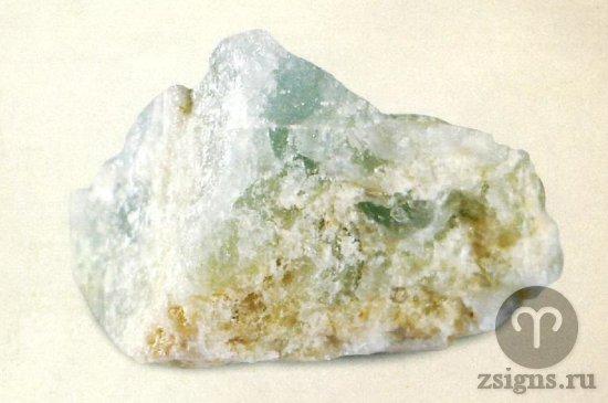 akvamarin-kamen