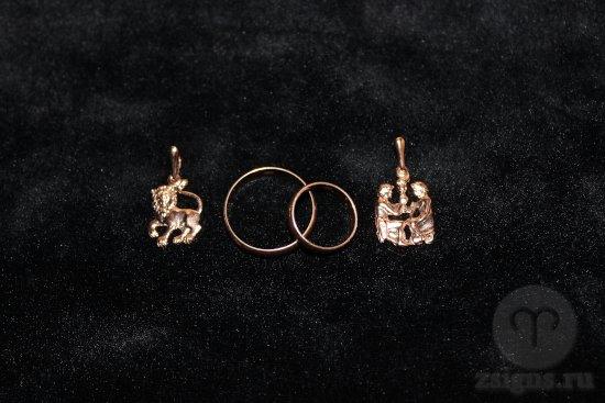 zolotye-obruchalnye-kolca-kulon-znak-zodiak-lev-bliznecy