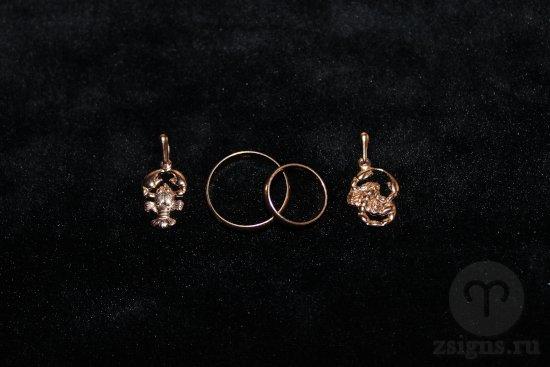 zolotye-obruchalnye-kolca-kulon-znak-zodiaka-rak-skorpion
